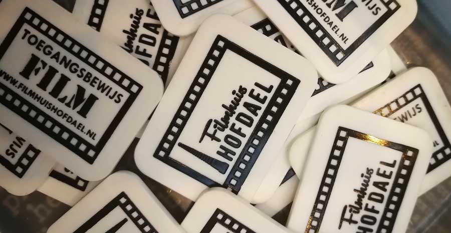 Heb je ooit een cadeaubon van Filmhuis Hofdael gekocht of gekregen?